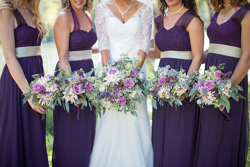 Bride and Bride's Maids - Rogue River wedding