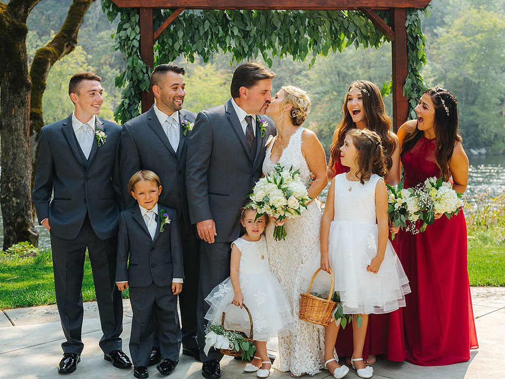 Wedding Party - Rogue River wedding